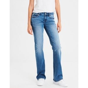 American Eagle stretch favorite boyfriend jeans